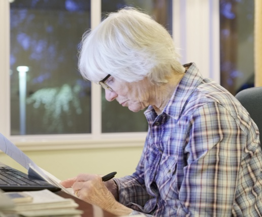 totalcare-tips-ways-to-protect-loved-ones-from-scams