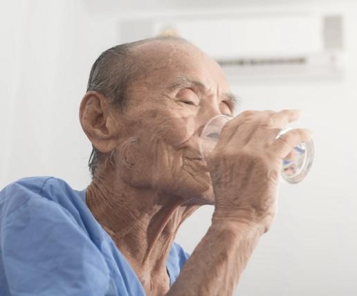 totalcare-health-help-fight-dehydration-seniors